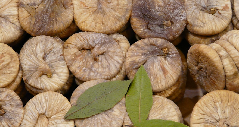 dried smyrna figs