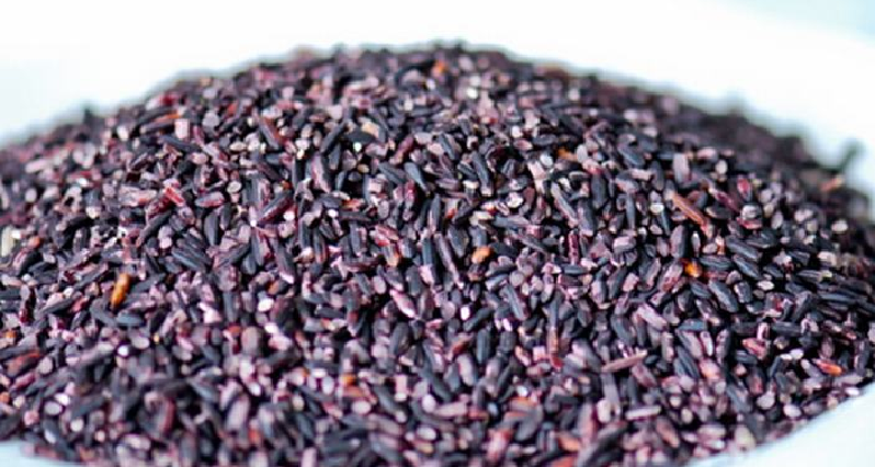 raw purple rice
