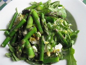 Spring Asparagus & Arugula Salad