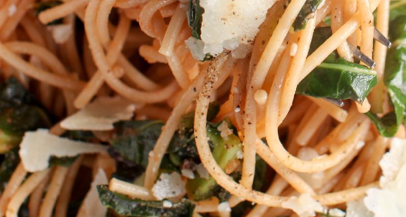 farro spaghetti with kale