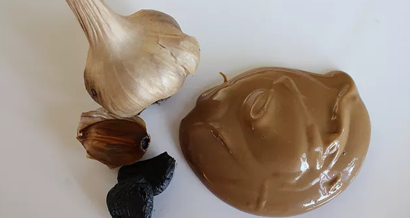 black garlic aioli